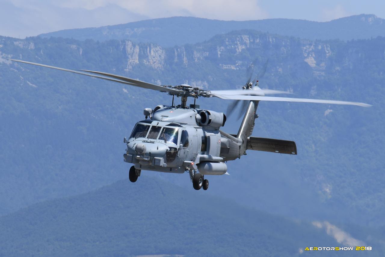UH-60R SEAHAWK